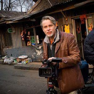 Bo Lindwall, reporter på TV 4, Porträtt i miljö Foto: Kjell Fredriksson